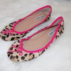 STEVE MADDEN cowhair leopard print flats 7.5